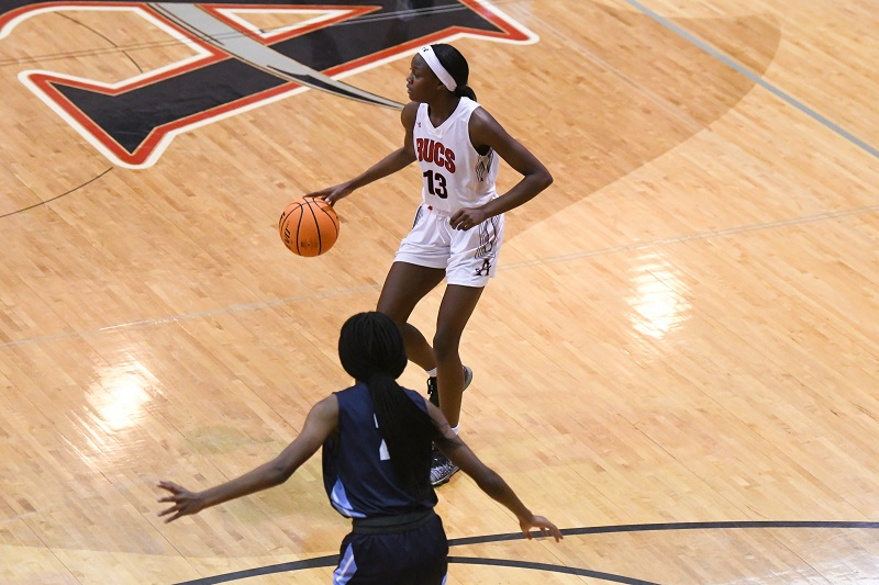 Basketball's Jaasira Fossitt Named Athlete of the Week