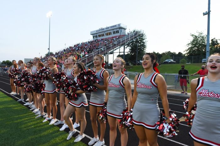 Read more about the article Behind the Scenes of Varsity Cheer